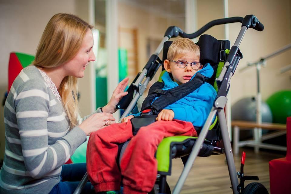 Картинки помощь детям инвалидам, внуку