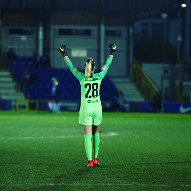 When the 6th goal goes in !! Positive week with the team... home with the family for a couple days before heading to the USA with @lionesses  . Thanks to @girlsontheball for the photo  #FAWSL<br>http://pic.twitter.com/6entQZXXUl