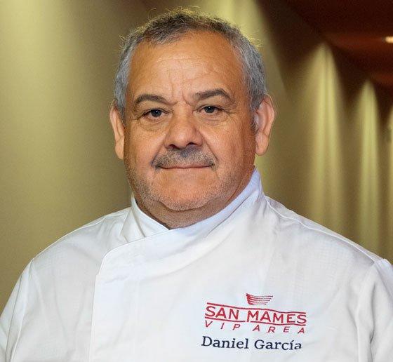 Cuando el Athletic Club juega en casa, el equipo Zortziko capitaneado por nuestro Chef Daniel García lo da todo en la Catedral Gastronómica. Mañana toca Derbi en #SanMamés. Aupa Athletic!! 🦁