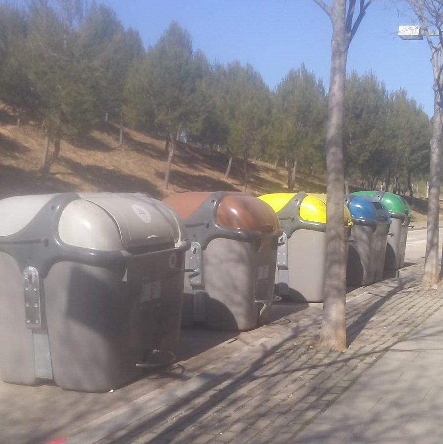 @davidmarimon @davidmarimon Aquest és l'estat actual dels contenidors.  Es prendran mesures i s'ampliarà la freqüència de recollida.  Gràcies
