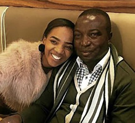 Wife of Vele CEO claims he stashed R50m looted from VBS    http:// ow.ly/ez2930nNsq9  &nbsp;  <br>http://pic.twitter.com/s59IBty7EJ