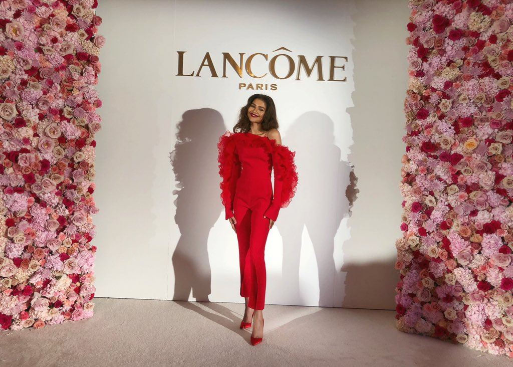 I've been so excited to talk about this and now I finally can!!! I'm officially the newest face of @lancomeofficial ! I'm absolutely honored to be amongst so many incredible women. Can't wait to show you all what's coming♥️