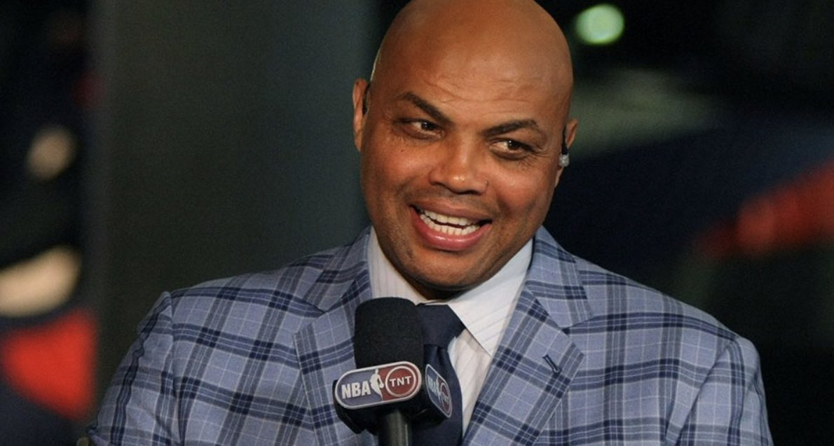 Coming up today: Charles Barkley joins #TheUsualSuspects in the 2 o'clock hour! Don't miss it! @PackManJoel @BarryIsFunny @TheProducerNick  Watch here: http://www.espn975.com Stream: http://player.listenlive.co/47161