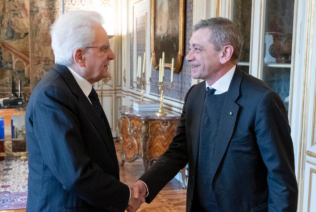 #Quirinale, il Presidente #Mattarella ha ricevuto il Direttore de 'la #Repubblica', Carlo #Verdelli