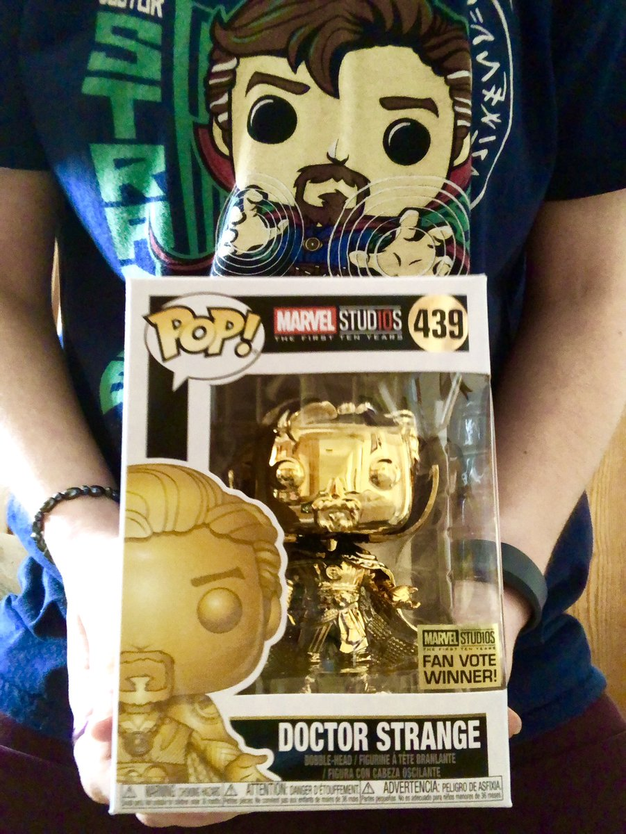 Was able to pick up this pop today, while wearing this shirt. #FunkoFashionFriday Officaially have a complete collection of the Marvel Chrome set! <br>http://pic.twitter.com/BJMpYXFC9Y