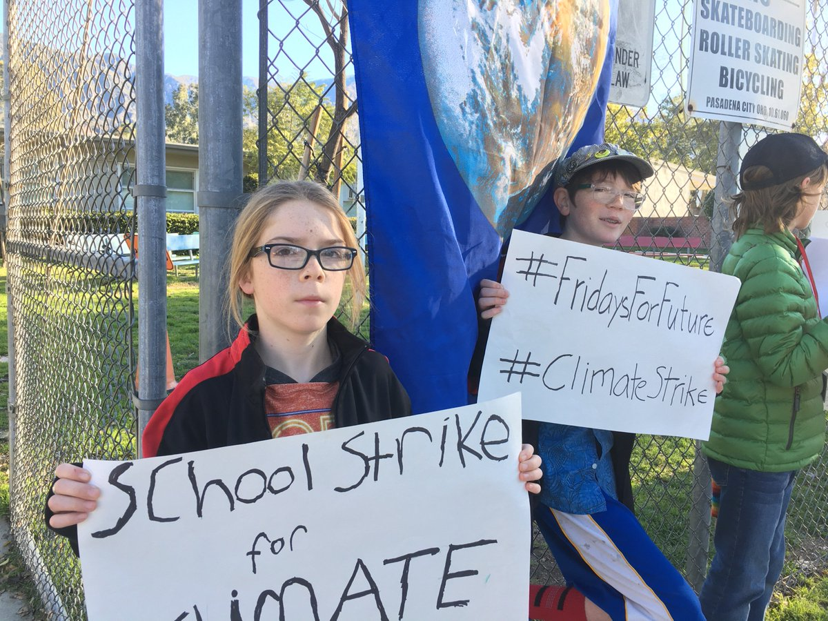 Today&#39;s #ClimateStrike with Zane, Braird, and friends. It is spreading to another nearby school. As a parent, I have been working with their school to model a collaborative #FridaysForFuture model for elementary schools. Teachers and admins also want #ClimateActionNow! @FFF_USA<br>http://pic.twitter.com/gIRzZgi3Z5