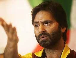 #Breaking Kashmiri separatist leader and JKLF chief Yasin Malik was arrested from his residence in a late night raid on Friday. Malik's detention comes ahead of the crucial hearing on Article 35-A in Supreme Court that is likely to take place on Monday.