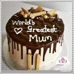 Chocolate cake with frosting for World's Greatest Mum #yummy