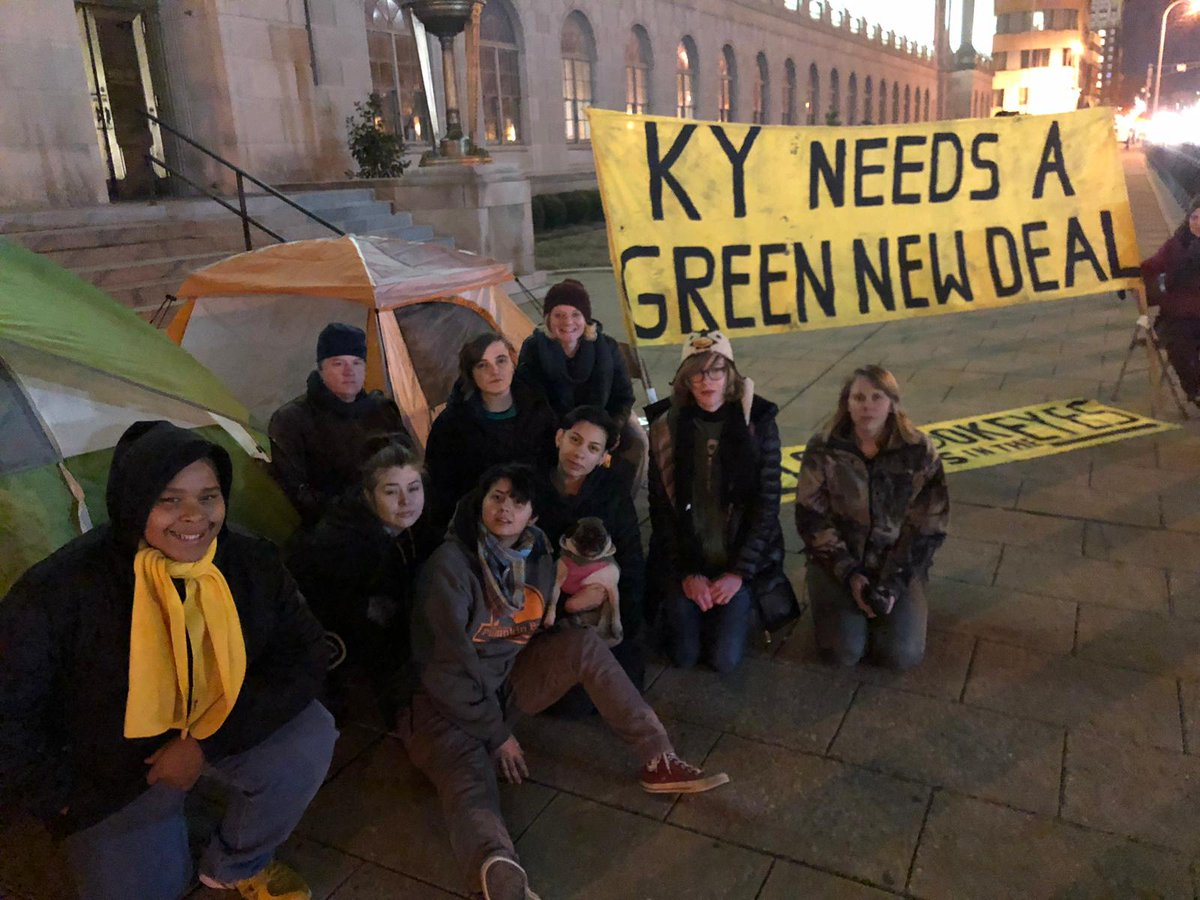 Good morning from Louisville, KY, where young ppl camped out last night after looking for Mitch all week. #OilMoneyMitch needs to #LookUsInTheEyes when he tells Kentuckians that the $1.9 MILLION from oil+gas CEOs is more important than their futures. <br>http://pic.twitter.com/nBrCekUkAp