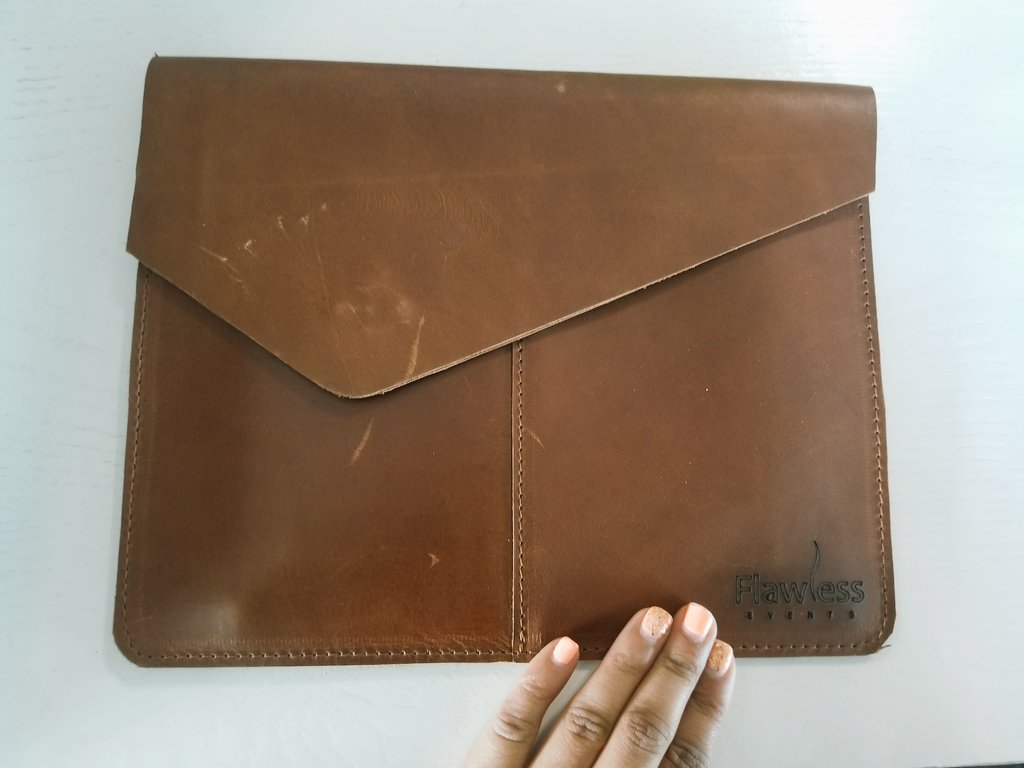 A sneak peak at one of our #flawless giveaways - leather tablet bags for #MeetingsAfrica19! Looking forward to meeting #eventprofs from across our beautiful #African continent.<br>http://pic.twitter.com/wISbV2zdgE