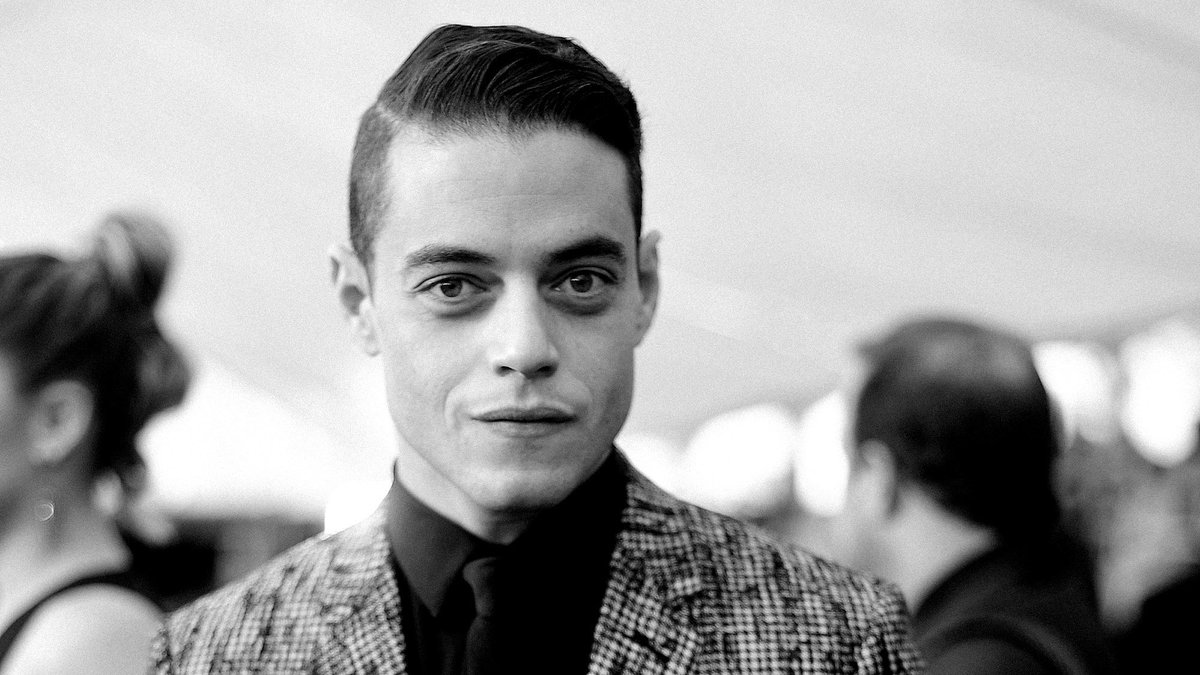 For 'Bohemian Rhapsody,' Rami Malek deeply immersed himself in the role of a man who knows nothing about Bryan Singer's pedophilia allegations. https://trib.al/NZDWWnd