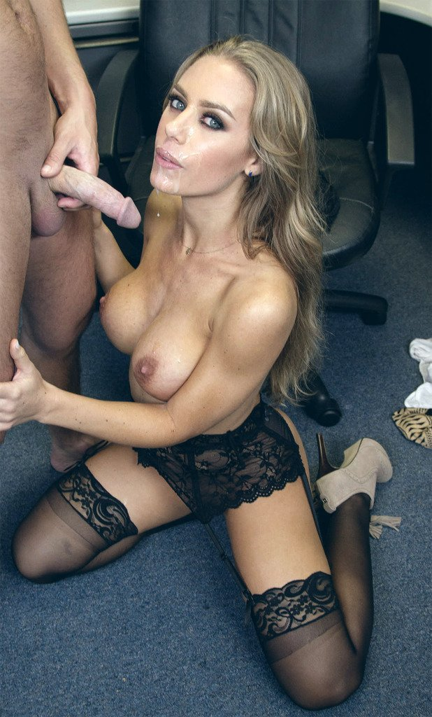 Nicole Aniston 4