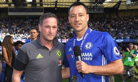 Chelsea will consider a move for Steve Holland if they hand Maurizio Sarri the sack next week. Holland is their main target as interim manager (Telegraph) <br>http://pic.twitter.com/vwvbcPzhCo
