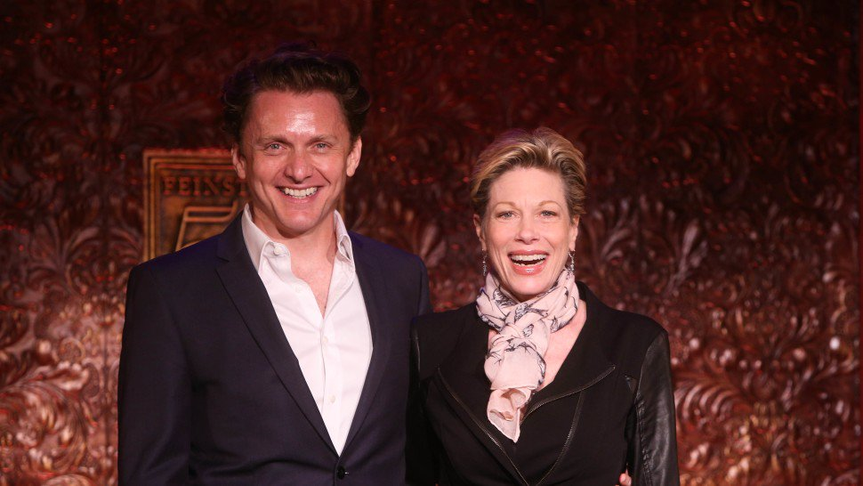 Jason Danieley launches a Kickstarter to release an album of his final @54Below concerts with Marin Mazzie:  http:// bit.ly/jason-danieley -launches-kickstarter-to-release-album-of-his-final-concerts-with-marin-mazzie &nbsp; … <br>http://pic.twitter.com/0x8J3vTbry