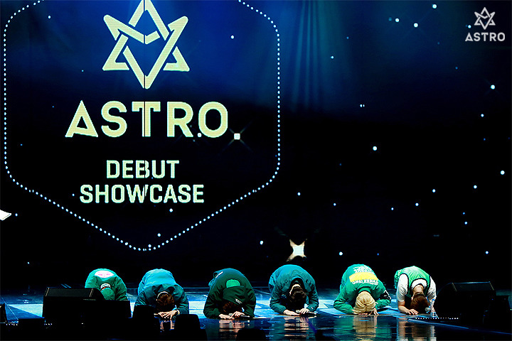 Just wanted to share this photo again of the boys on their debut showcase day 3 years ago.  You&#39;ve come so far @offclASTRO and now you&#39;re ready to go even further.  #HappyASTRODay<br>http://pic.twitter.com/fjyEQa7Ebr