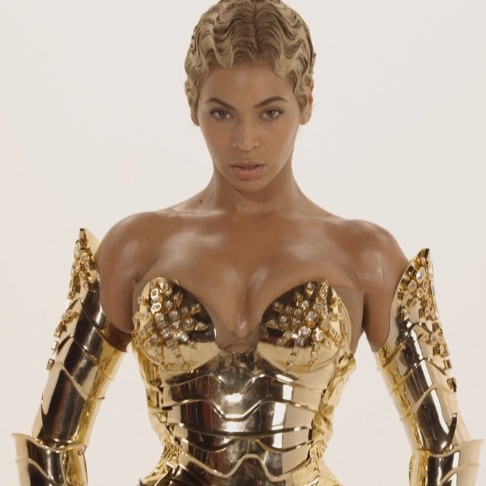 """Bri on Twitter: """"beyoncé x thierry mugler in music video for ..."""