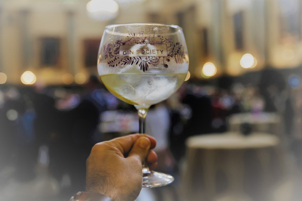 Here are five great things to do across the borough this weekend  #1-  @The_GinSociety Festival at Rochdale Town Hall.  Last few tickets available for tonight & Saturday afternoon. Book - https://www.eventbrite.co.uk/e/the-gin-society-rochdale-festival-2019-tickets-52053844450 …