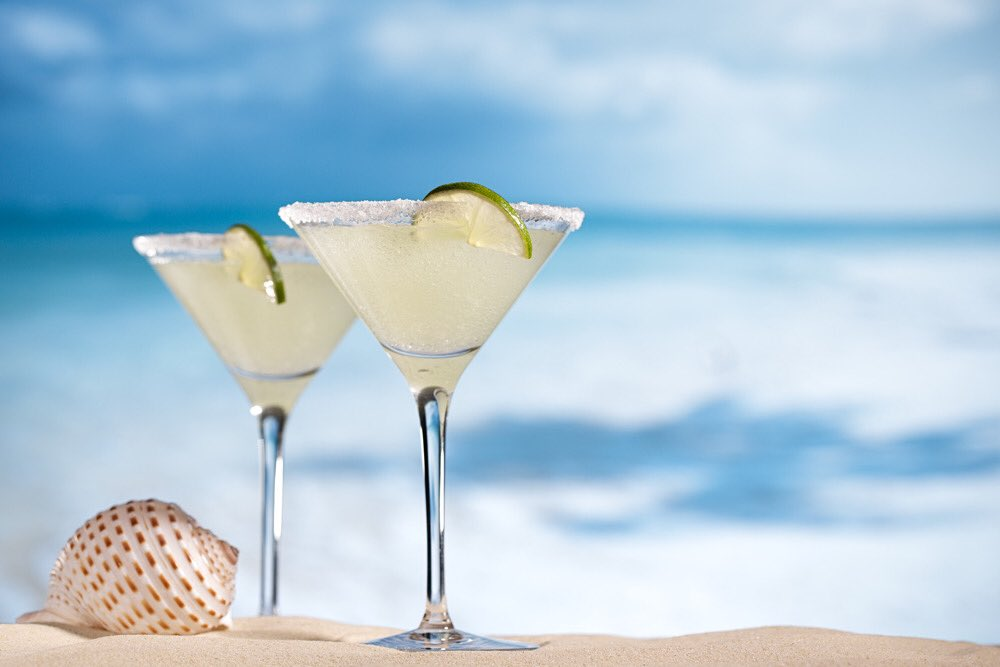 It's 5 o'clock somewhere... We prefer #salty on #NationalMargaritaDay   #saltlife #salty #beach #ocean #Vacation #margarita #weekendvibes #tgif #FridayFeels   RT, LIKE &amp; TAG for some stylish  http:// Saltlife.com  &nbsp;   #swag to enjoy during the weekend or #HappyHour <br>http://pic.twitter.com/Ldr8BFubAL