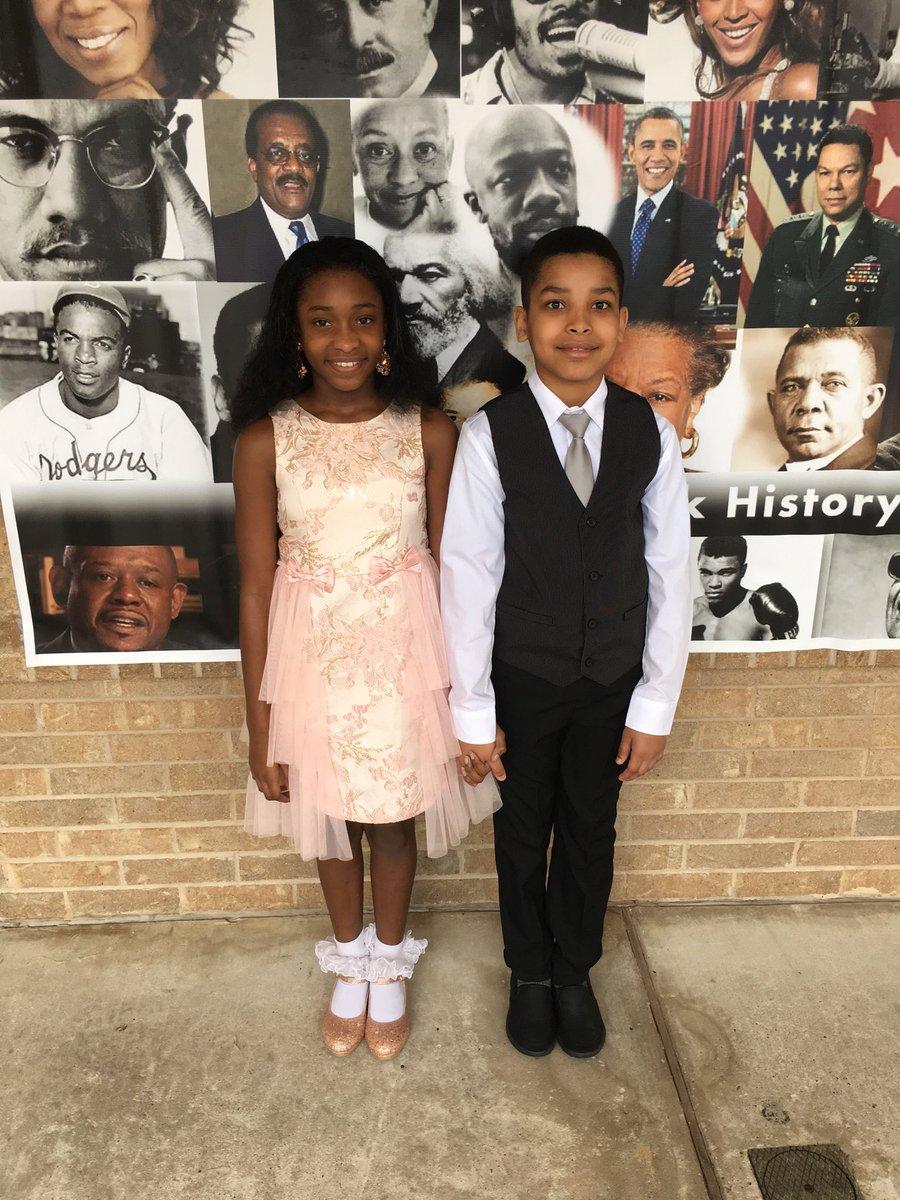 Black History Program @CarmichaelAISD campus today! Meet Barack and Michelle Obama  <br>http://pic.twitter.com/jCTzUF7qNw