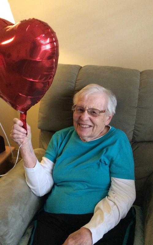 Thank you Family Dollar for donating Valentine's balloons to the resident's <br>http://pic.twitter.com/3FrnGuaAK3