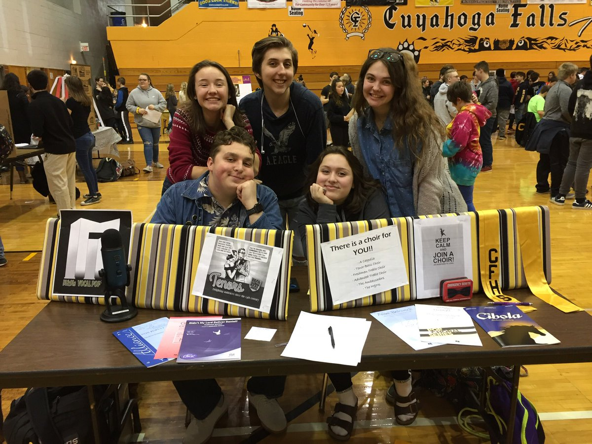 Had a great time advertising the choir programs at CFHS. <br>http://pic.twitter.com/srOrYSf1sv