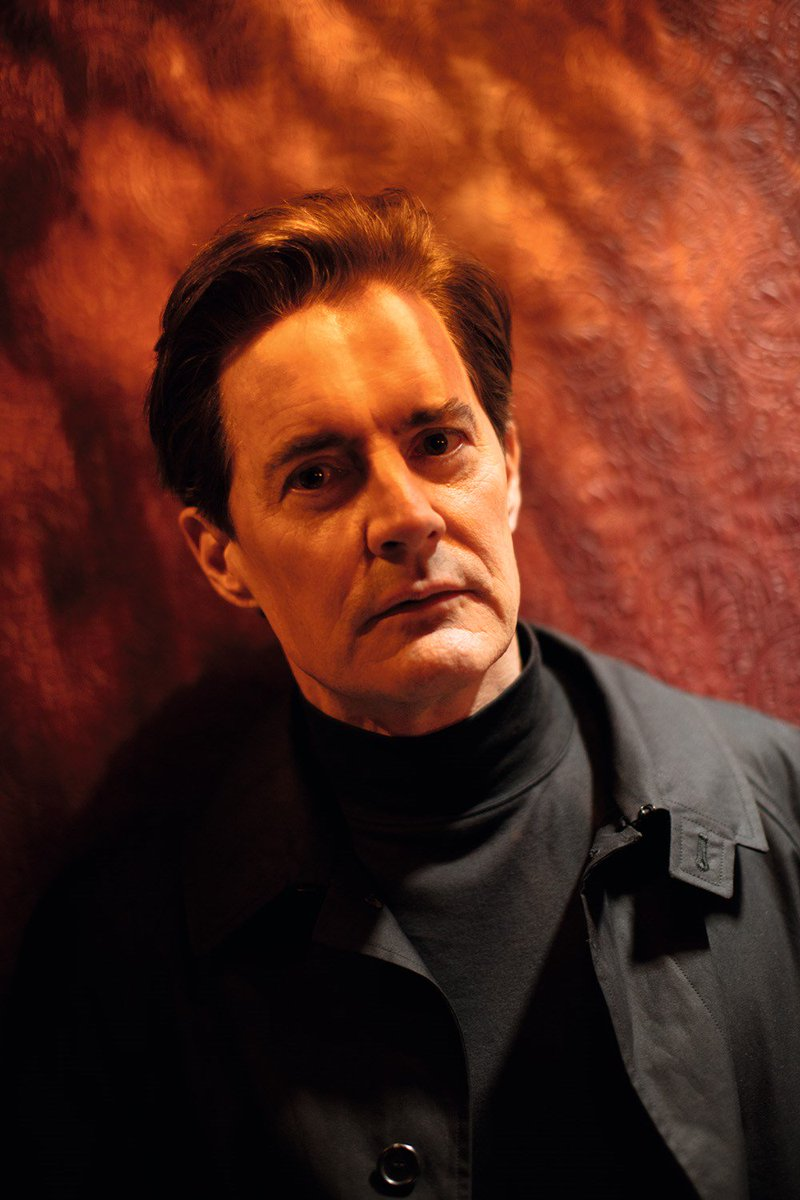 Happy birthday to Twin Peaks daddy @Kyle_MacLachlan 🌹