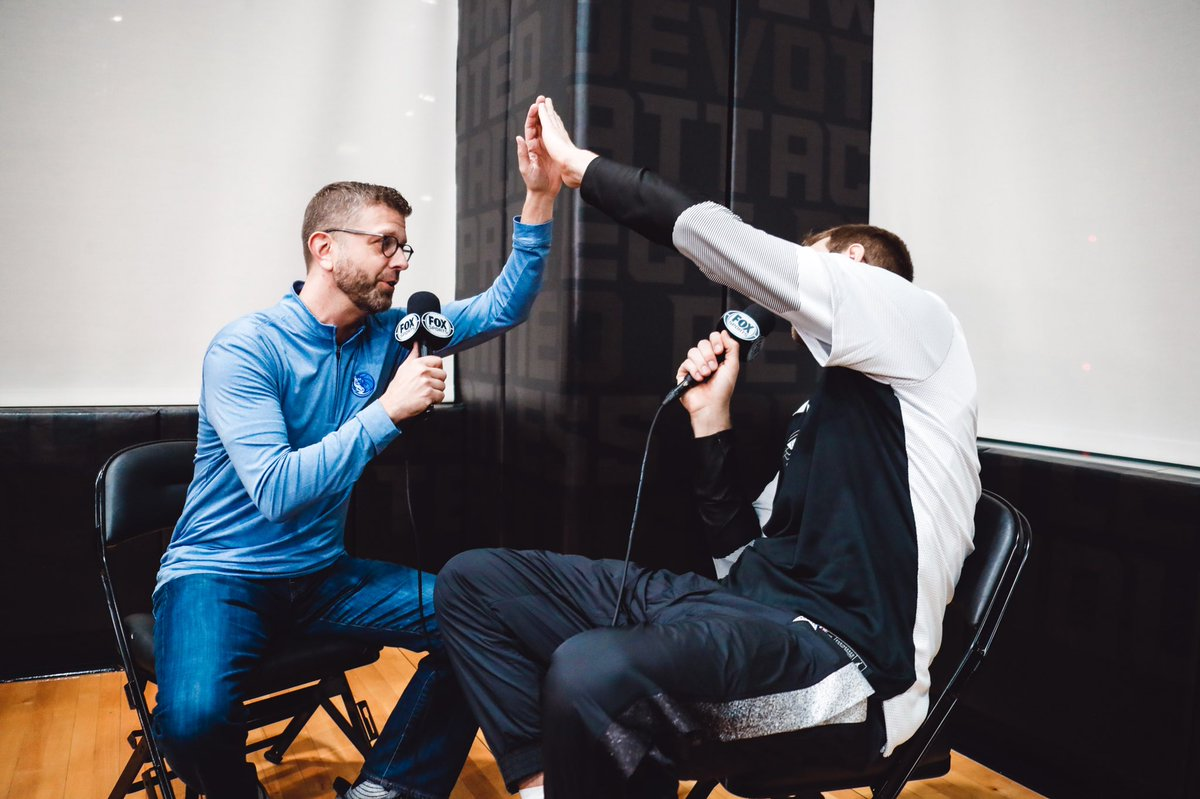 Really encourage you to watch the new Mavs Insider that debuts tonight before Mavs Live on @FOXSportsSW. Great stuff from Charlotte with @luka7doncic and really special stuff with @swish41 and an emotional Darrell Armstrong. I think you'll love it.