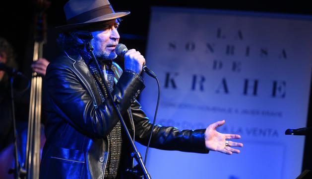 """Canciones para el """"maestro"""" #Krahe, por @claramoralesf http://ow.ly/dZkq30nMQIc"""