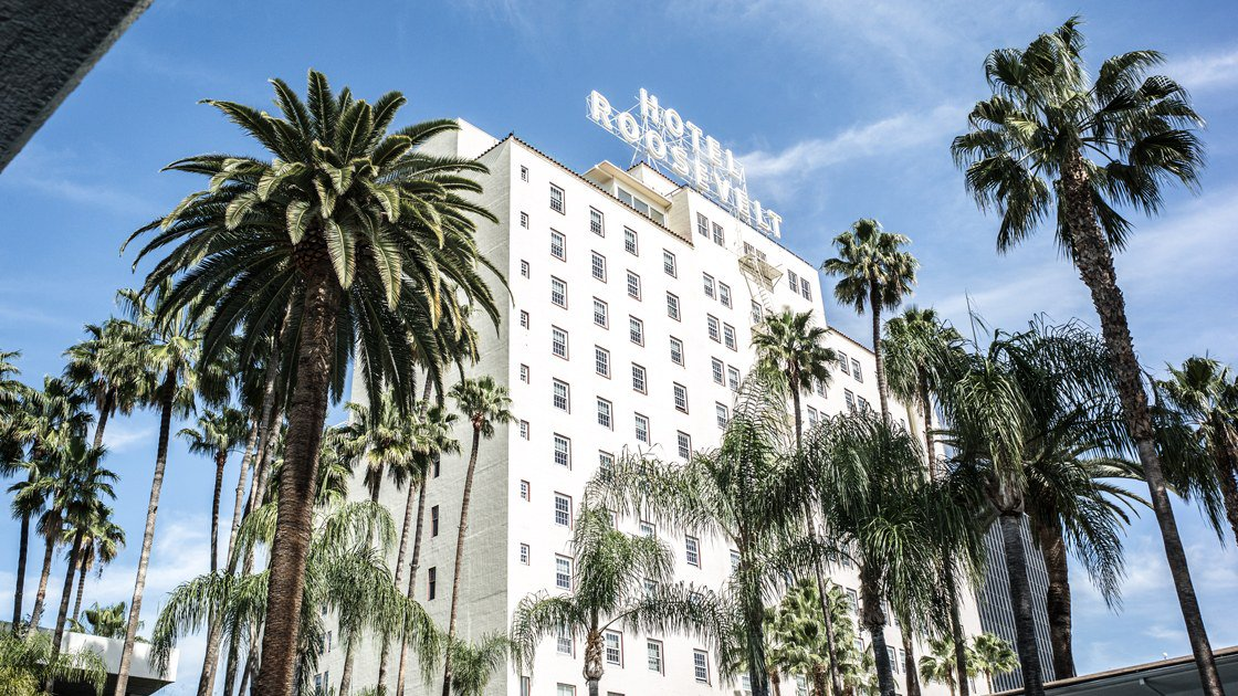 Going to the Oscars? We have combed through Los Angeles's impressive roster of hotels, both legendary and brand-new, to come up with specific suggestions for (almost) every type of attendee.  https://t.co/4dDcvWL0fy