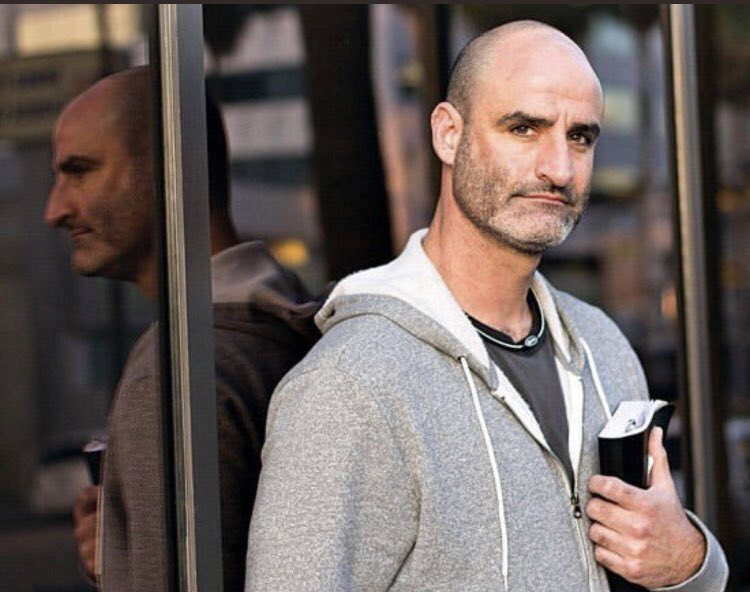 If you are depressed or feeling suicidal please please please please please reach out to ANYONE. I never get to see Brody Stevens again I can't stand this. #RIPBrodyStevens  #818ForLife