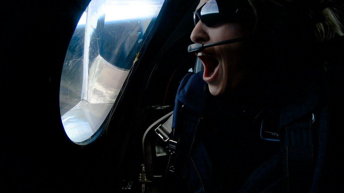 Primera pasajera de un vuelo comercial en viaje al espacio