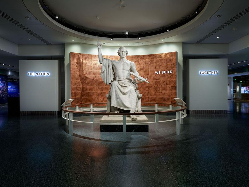 George Washington statue, commissioned by Congress 1832 but banished from US Capitol, is now in Smithsonian's National Museum of American History: <br>http://pic.twitter.com/lgvlGlN5Ce