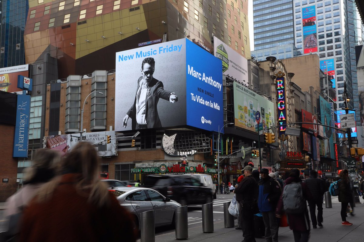 #TuVidaEnLaMia is on the streets of NYC with @Spotify ! Thank you guys! #TimesSquare