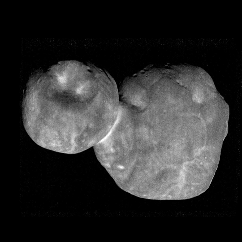 Looking sharp! 📸 @NASANewHorizons has returned the most detailed pictures of the most distant object ever explored by a spacecraft. See more:  https://t.co/gXWN08WyS9