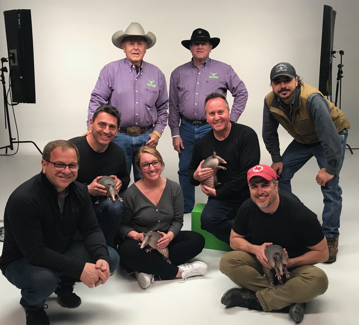 """These armadillos are armadorable!  Shooting in Texas for a new """"Skins"""" campaign for @calacademy. #CaliforniaAcademyOfSciences pic.twitter.com/gm0tgS5F2c"""