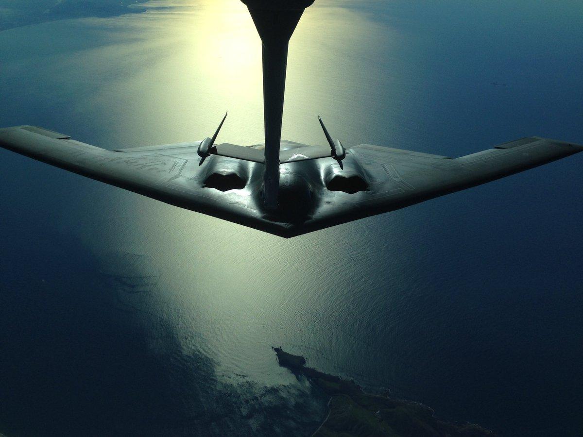. A B-2 Spirit from Whiteman Air Force Base, conducts an aerial refuel by a 9th Air Refueling Squadron KC-10 Extender along the California coastline. (U.S. Air Force by Senior Airman Laurel Cummins <br>http://pic.twitter.com/4jUtLZanxH