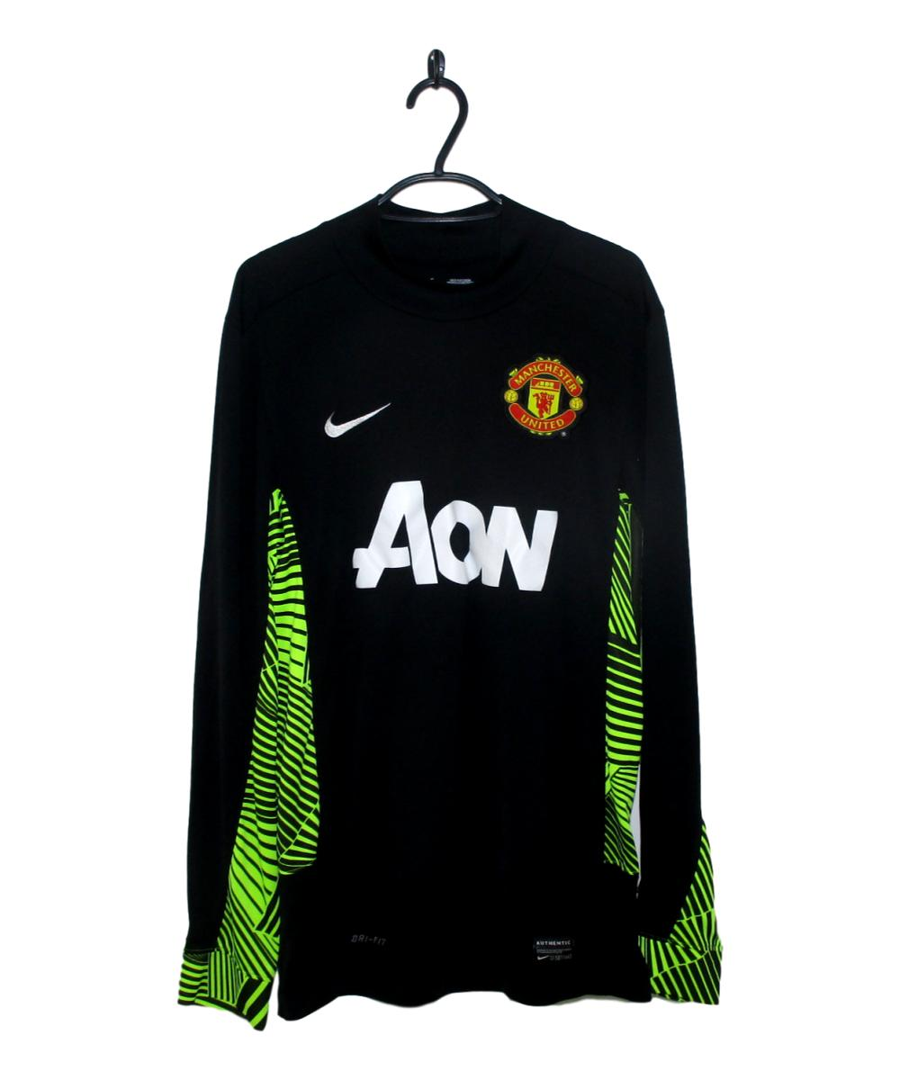 Which memories does this 2011-12 Manchester United Third Goalkeeper Jersey (S) remind you of?  Buy Now http://tinyurl.com/y9j6e95t   #2011-12 #Goalkeeper #ManUtd #ManchesterUnited #MUFC #Nike #ManchesterUnited   #FootballShirt #VoetbalShirt #MaillotdeFoot