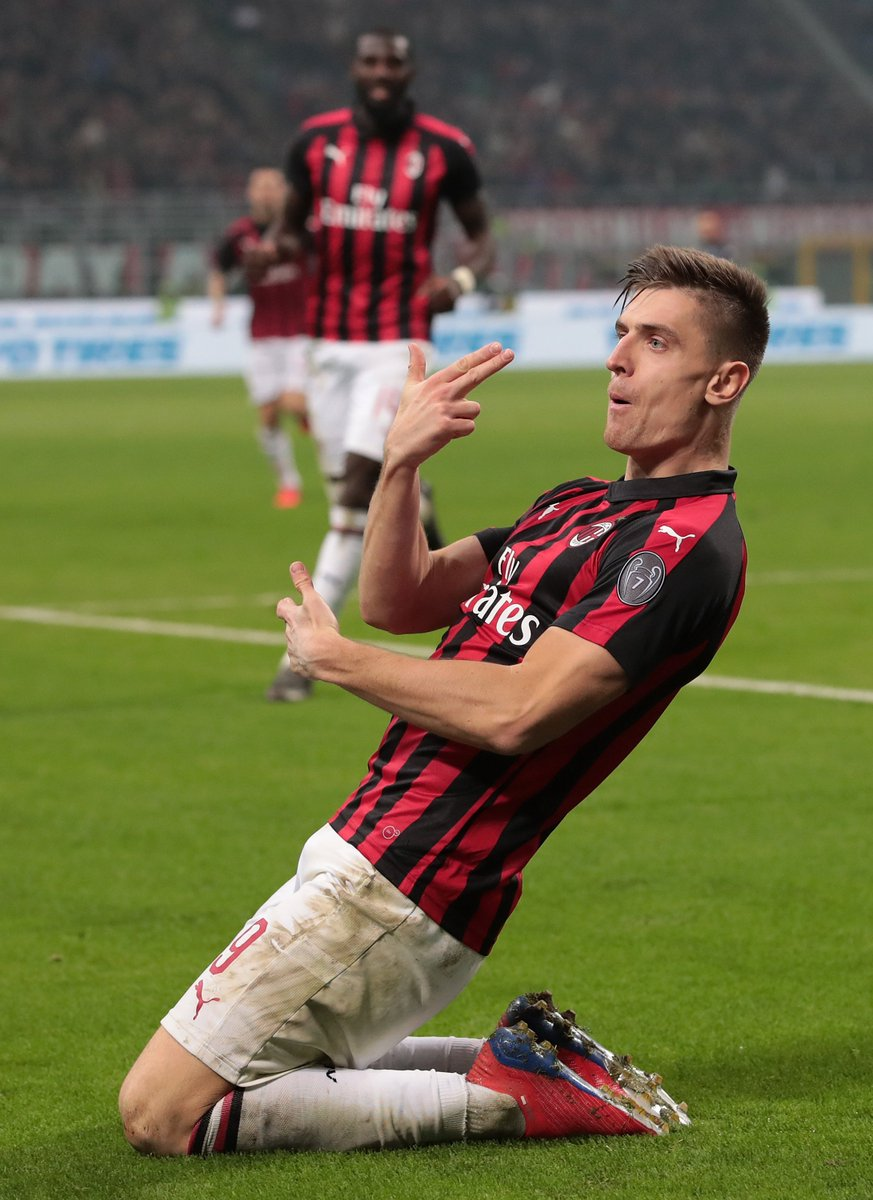 Just one more Serie A goal and Piatek will be tied with Ronaldo! 🤩  At least he doesn't have to rely on penalties 😉