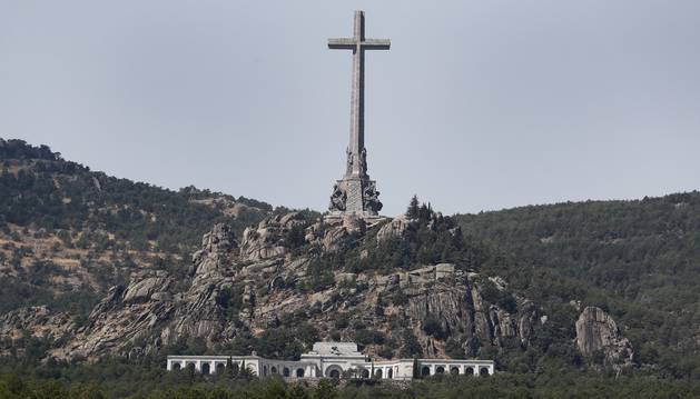 El Vaticano trasladó al Gobierno en su carta que la exhumación de Franco está sometida al Derecho y la Justicia española http://ow.ly/oJE930nNRCx