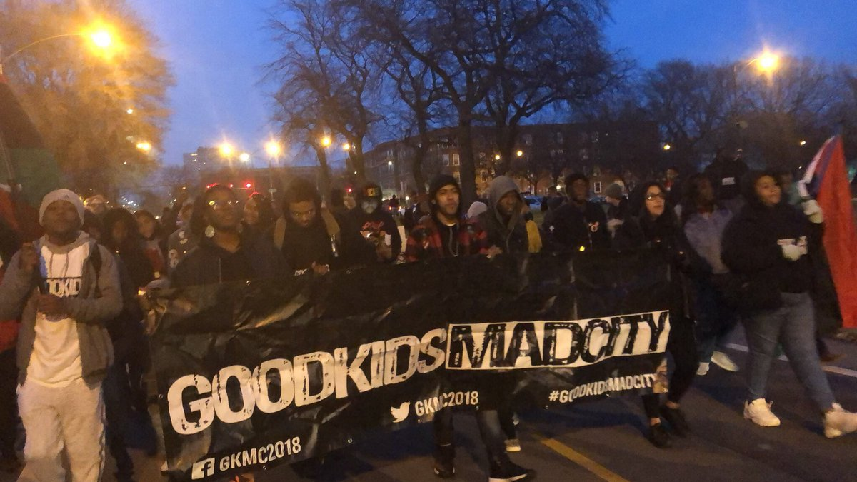 Tell @ChiPubSchools we want trauma informed schools with community lead restorative justice programs, violence prevention classes, more disability services, African, Latinx &amp; Indigenous studies, suicide prevention counseling and more therapists than police! #GoodKidsMadCity<br>http://pic.twitter.com/VGZGzG1Okq