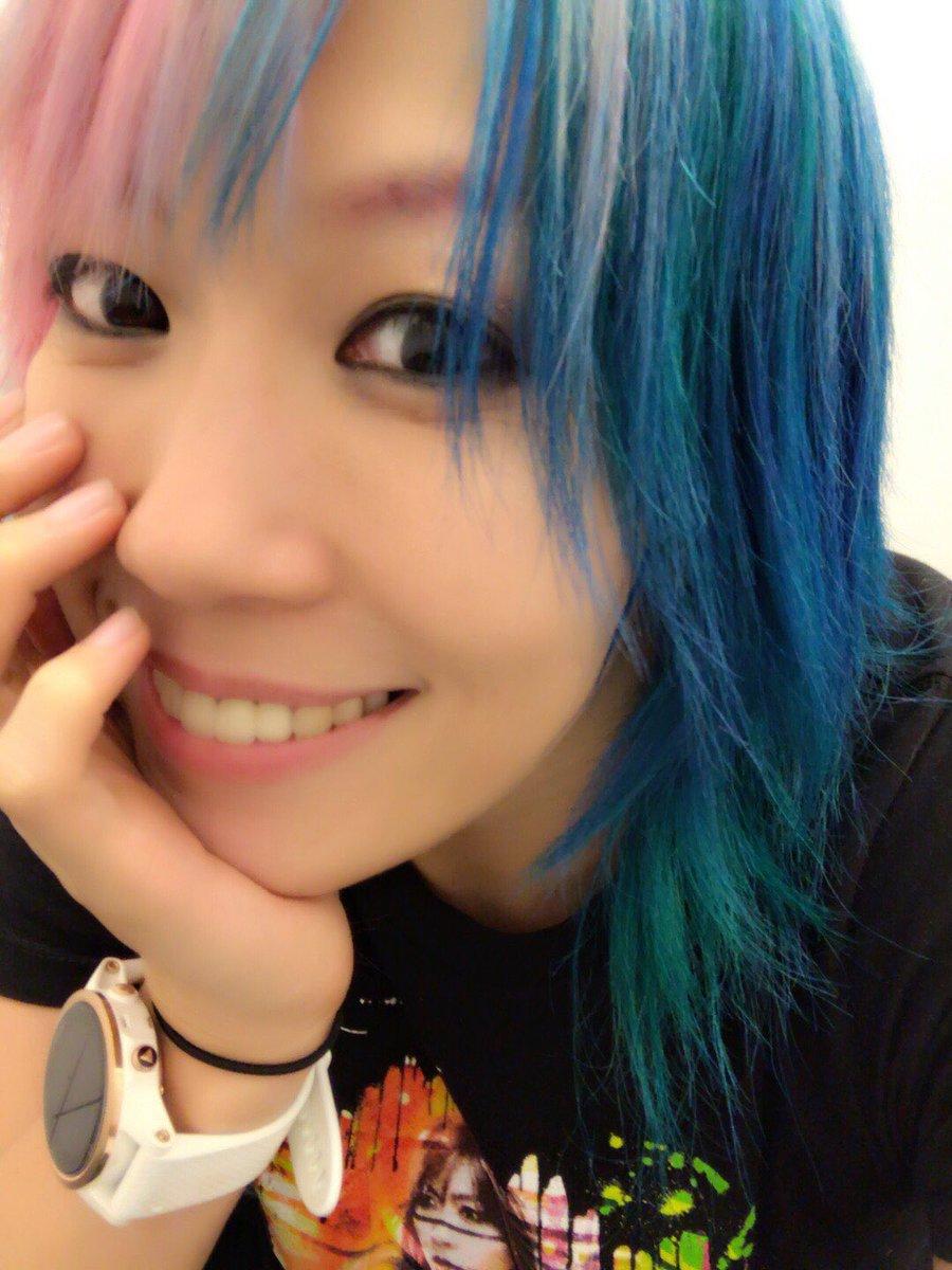 California smile  <br>http://pic.twitter.com/MvfcLBRvFg
