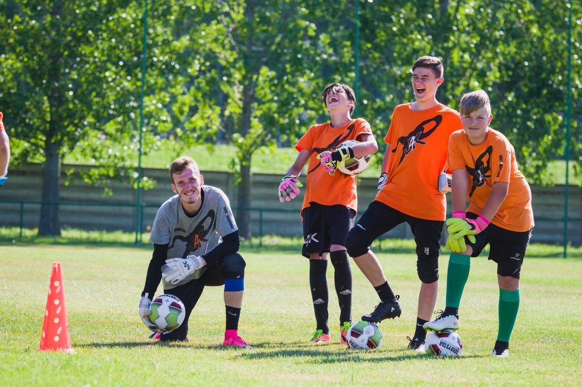 #freegoalkeepertraining If you are a goalkeeper or a parent of a goalkeeper and you would like a FREE goalkeeper training session contact us and find out what is going on in Southwest Florida!!!! J4K - PROUD TO BE DIFFERENT #j4k #goalkeeper #goalkeepertraining #cleansheet #soccer