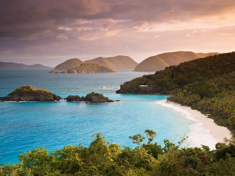 The top 10 most beautiful beaches in the Caribbean (because we couldn't choose just one) https://t.co/2vcpLXCq0k