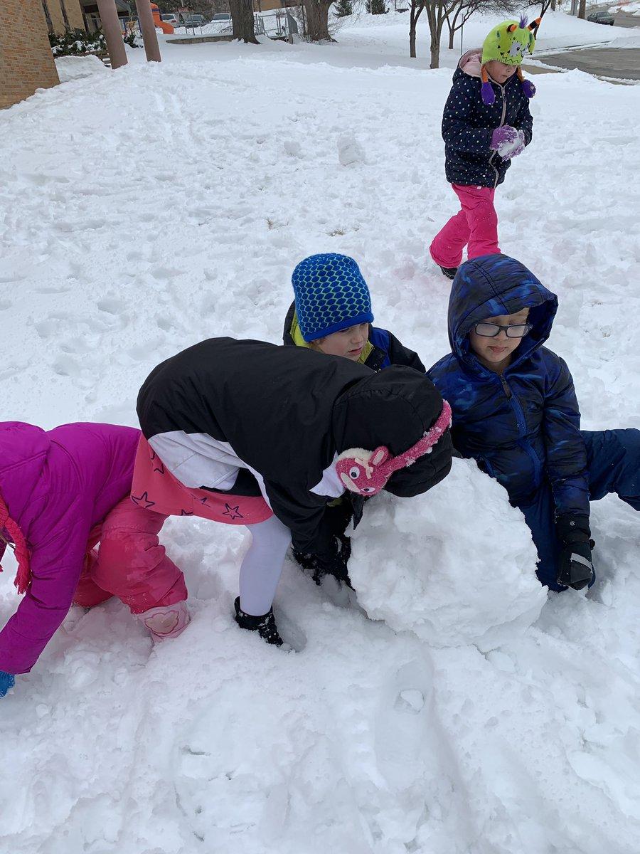 Kindergarten is hard work, sometimes you just have to make time to play. #bekind #kindnessisfree #teamwork #makingmemories
