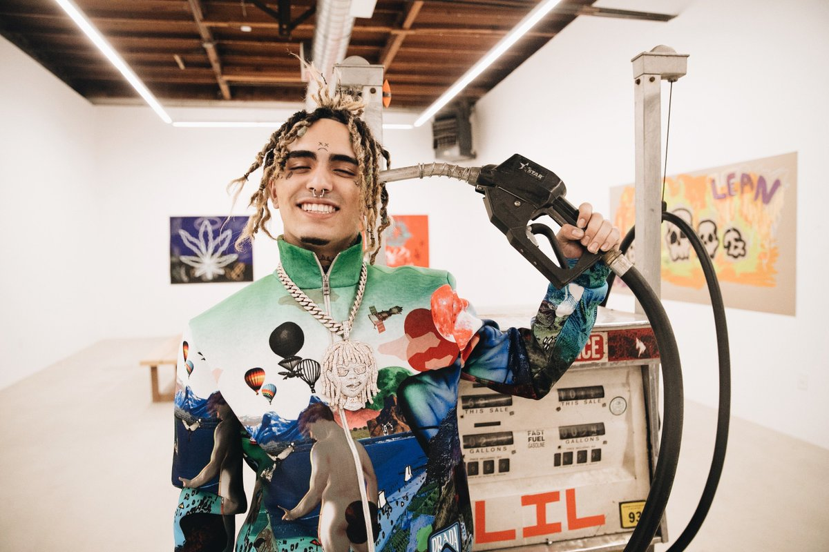.@lilpump's album is finally here. Listen to #HarverdDropout now  https://spoti.fi/harverddropout  🎓