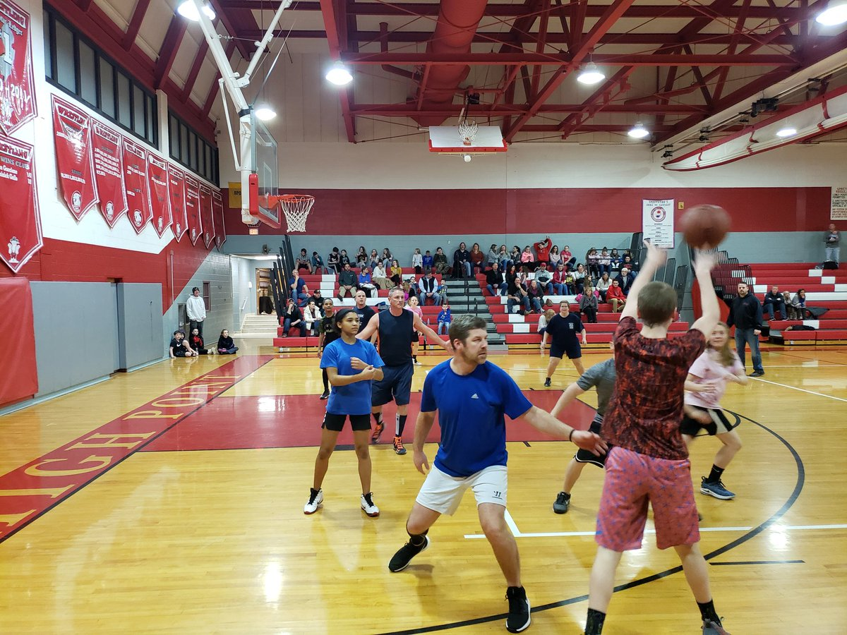 Another great community event to support the @SWRegional 8th Grade Trip to @washingtondc. Thanks to all who organized, played & supported. #community #teamwork #kidsfirst