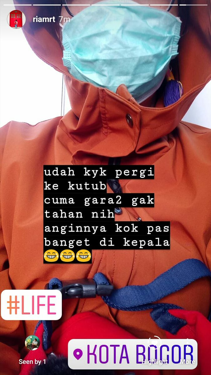 pergi ke bogor jaketan... pergi ke kutub utara jd buntelan kyknya #life – at Stasiun Bogor