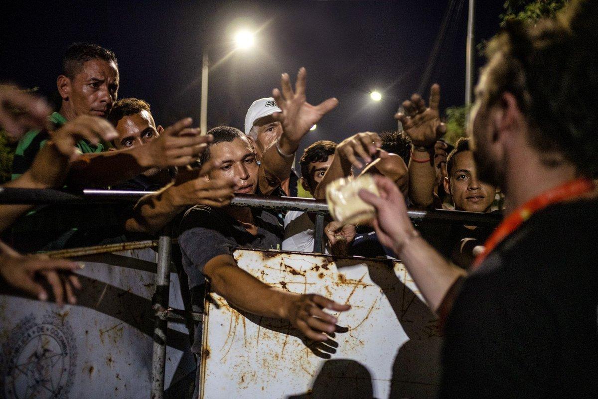 venezuelan people starving - HD2560×1708