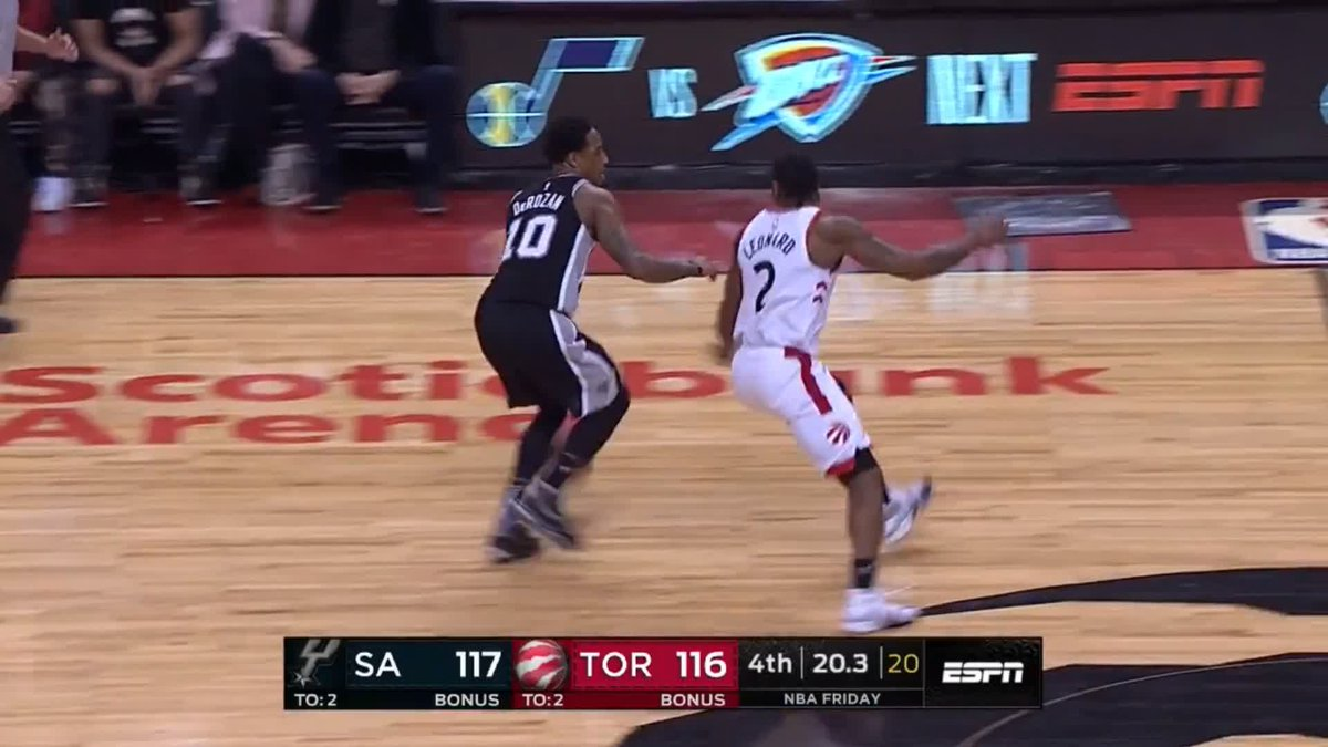 🏀🐲 #Kawhi Leonard comes up with clutch steal and dunk with 15 seconds left as @spurs earn dramatic win over @Raptors #nba #gospursgo #wethenorth   📲 Highlights - http://skysports.tv/uyoipq