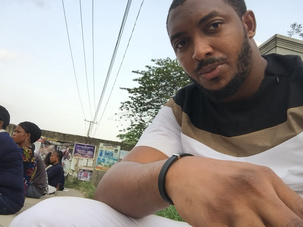 My PVC is for #AtikuObi2019   I left my house at exact 5:39am. Trekked for almost 2km and here I am passing a message to the nepotistic @MBuhari that I am not LAZY.I will use my PVC to make this statement and I urge you all to do the same and together #LetsGetNigeriaWorkingAgain<br>http://pic.twitter.com/bsE8gYRky3